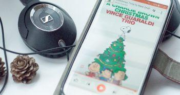 Lytter til Charlie Browns Christmas