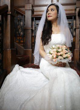 lace Wedding dresses The london bridal boutique wedding dresses in south london croydon bridemaid bride