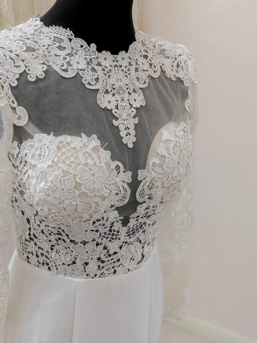 LB106 Slim Panel mermaid with lace upper Buy a wedding dress london