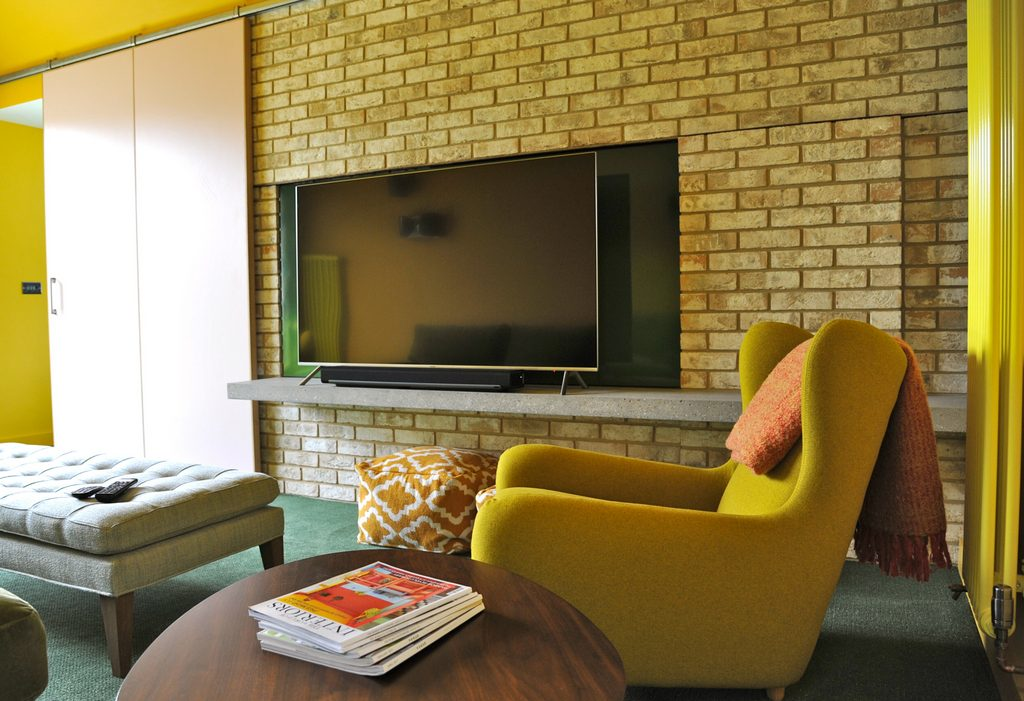 Second sitting room with large screen TV