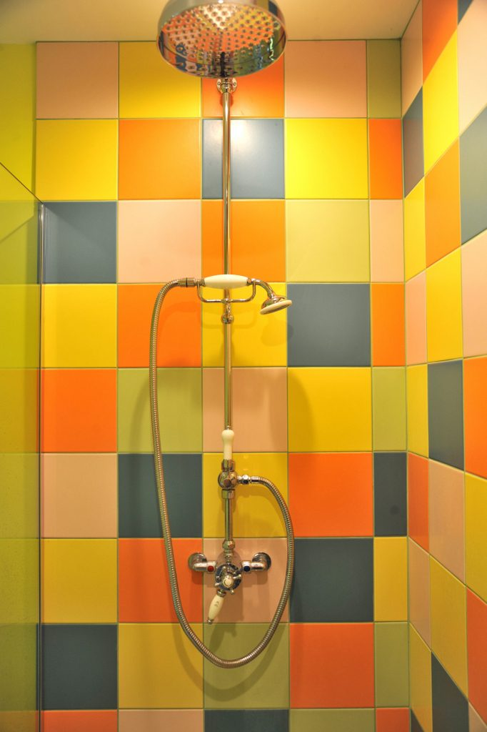 Walk-in shower room with rainforest and hand shower
