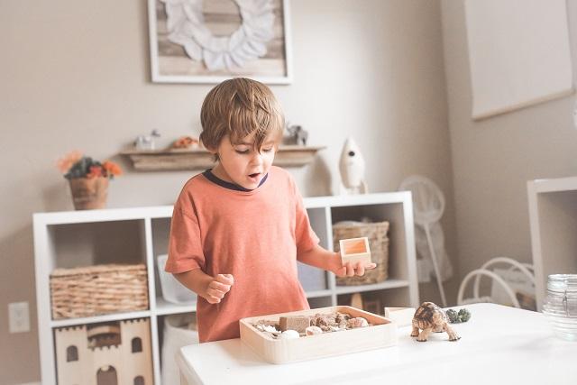 Montessori Spielzeug aus Holz