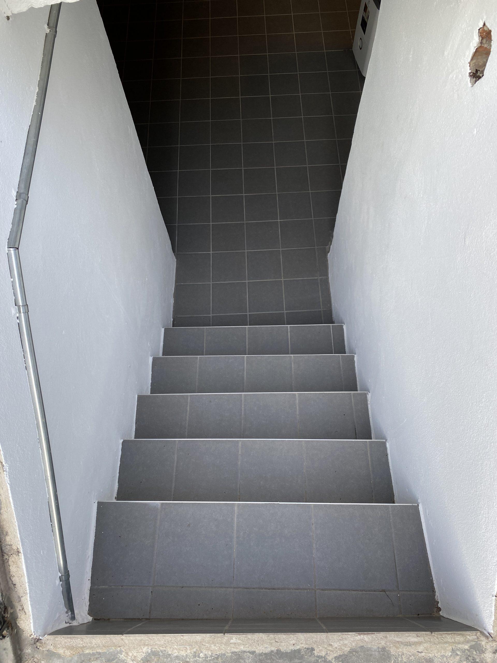 Trappa källare
