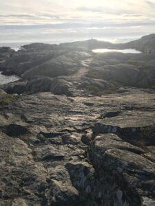 Marstrand-Gångväg-på-klippor