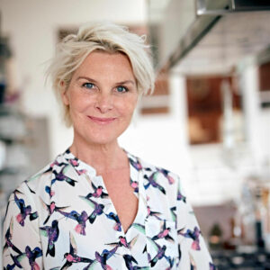 thorbjorg hafsteins, forfatter, sundheds ekspert. 10 år yngre på 10 uger. thorbjorg.dk