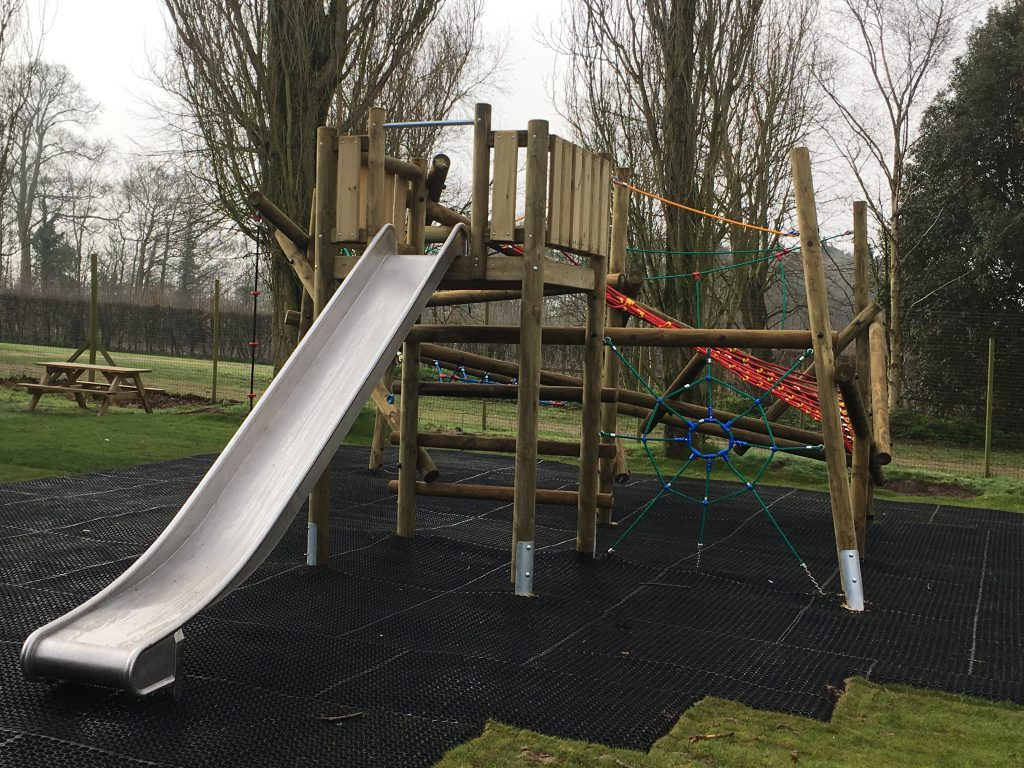 New_play-area2018