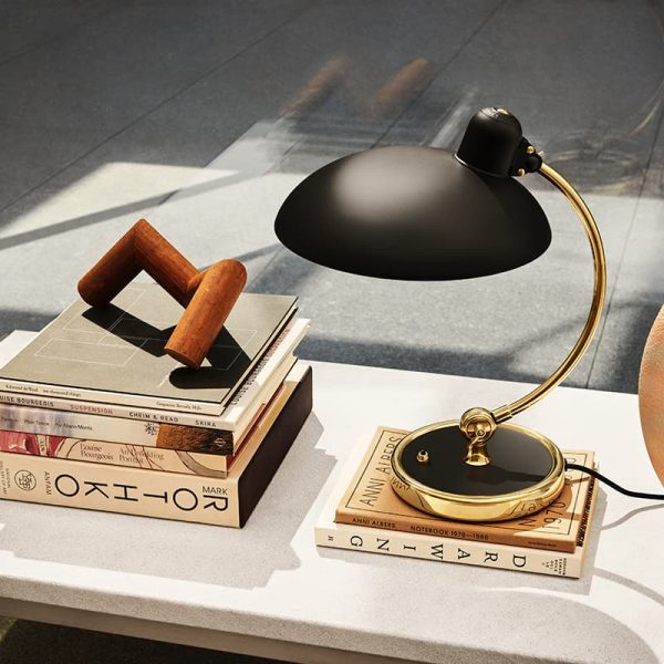 Fritz Hansen Kaiser Idell 6631T Sort/Messing Stylet