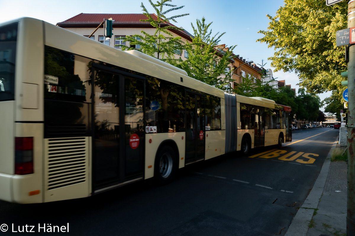 Kurze Busspur auf der Baumschulenstraße war nur für eine kurze Zeit wie sie lang war.