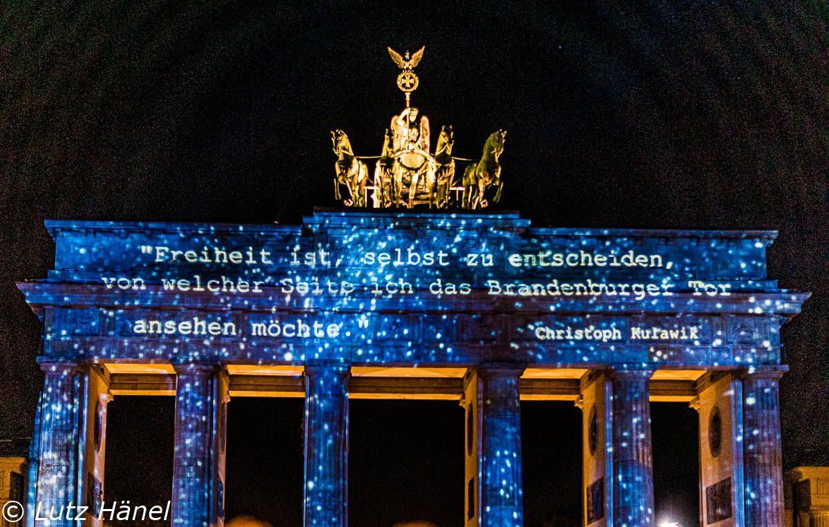 Freiheit ist freihe wahl selbst zubestimmen von welche Seite das Brandenburgertor man das betrachten möchte