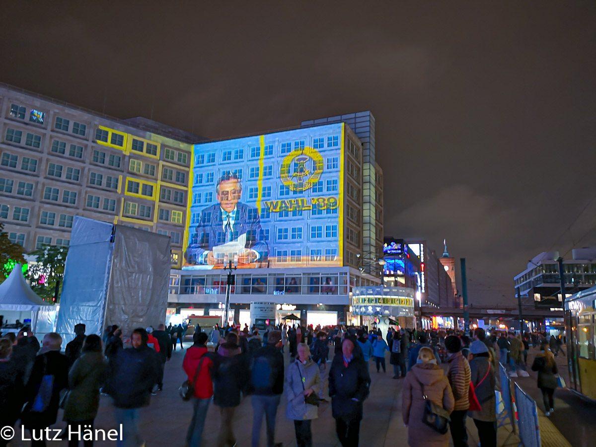 bei Nacht Alexanderplatz November 2019 lluminationen, mit Bildern Herbst 89