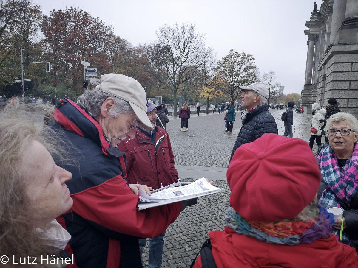 Mauerwanderung 9.11.2019 kurz vorm Reichstag