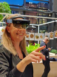 Augmented Reality - Linda Holmgren testar