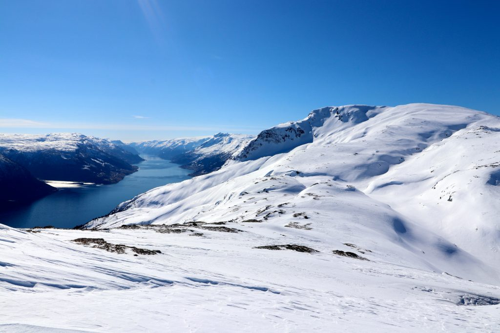 Oksen i Hardanger med Sørfjorden.