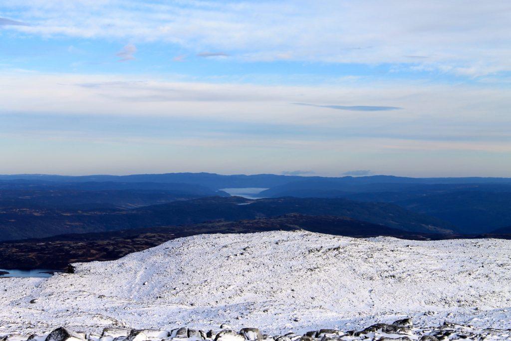 Utsikt mot Hallingdalen, Ål og Golsfjella.