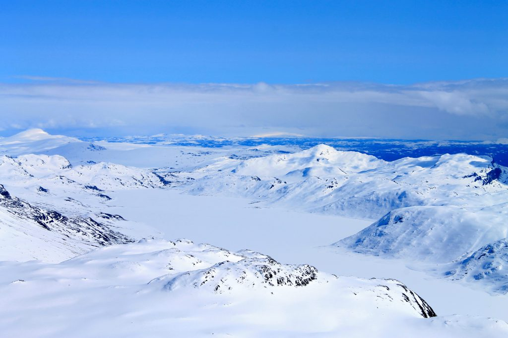 Bygdin og Bitihorn sett fra toppen av Galdeberget.