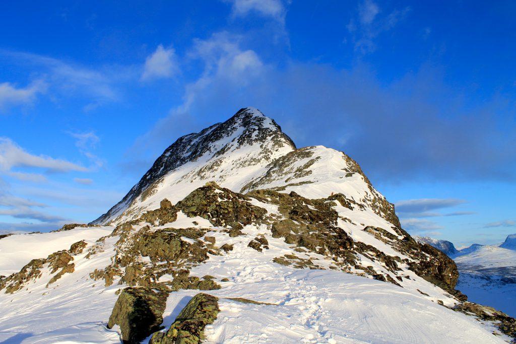 Besseggen anbefales som skitur vinterstid.