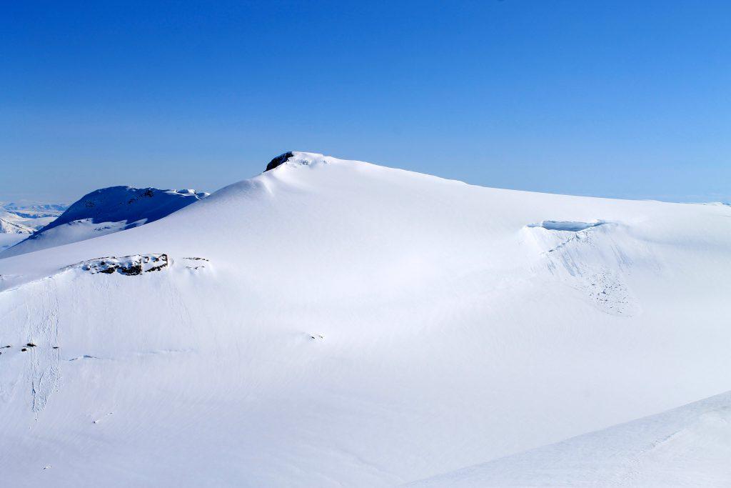Brenibba (2.018 moh) på Jostedalsbreen.