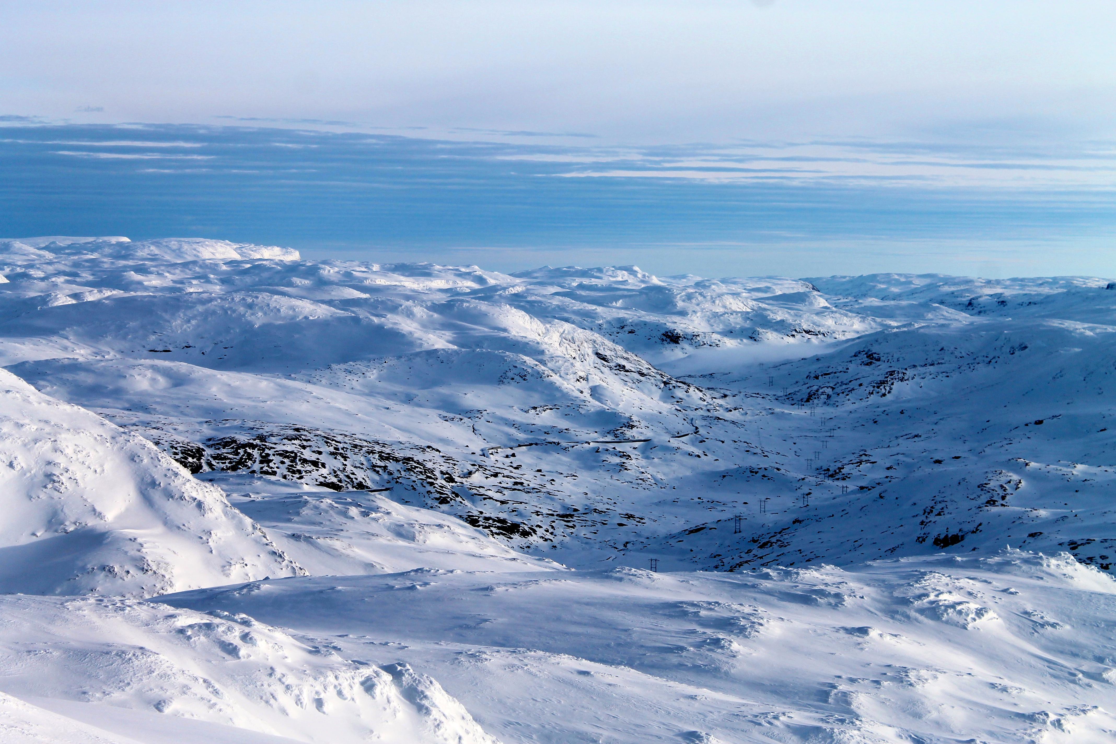 Hallingskeid sett fra Baksafjellet (1.636 moh).
