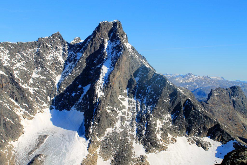 Store Skagastølstind (2.405 moh) i Hurrungane.