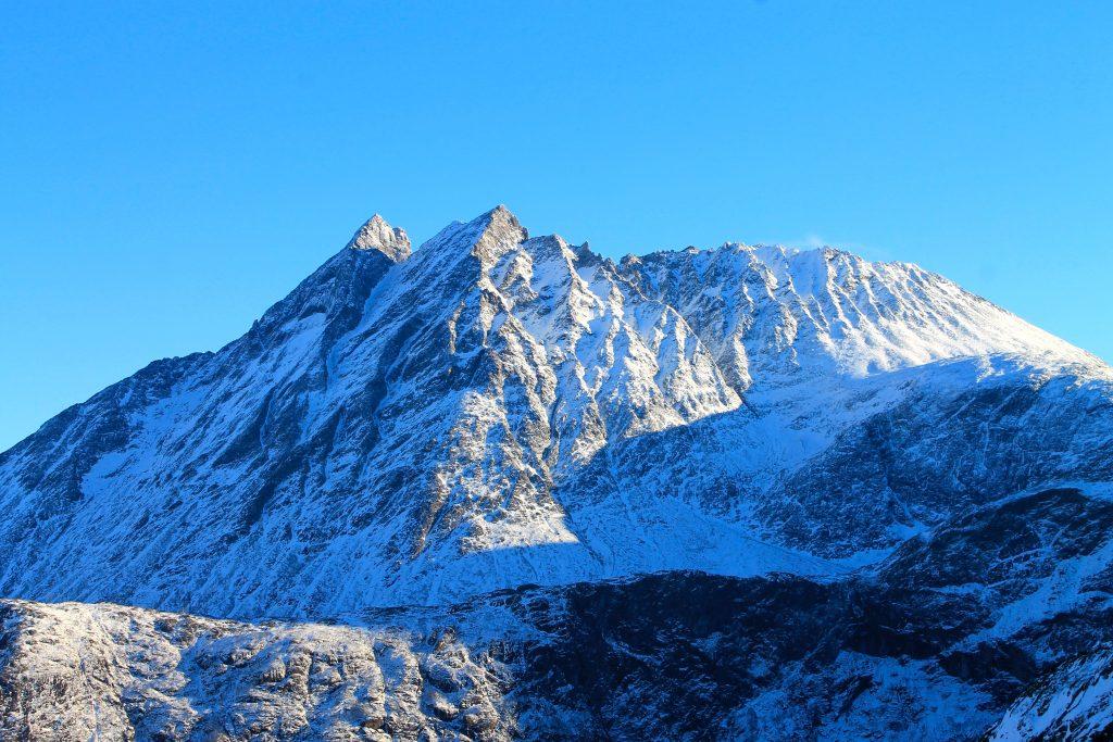 Store Venjetinden i Romsdalen er et yndet ski- og klatrefjell.