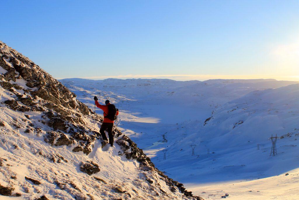 Topptur til en av de mange toppene øverst i Aurlandsdalen.