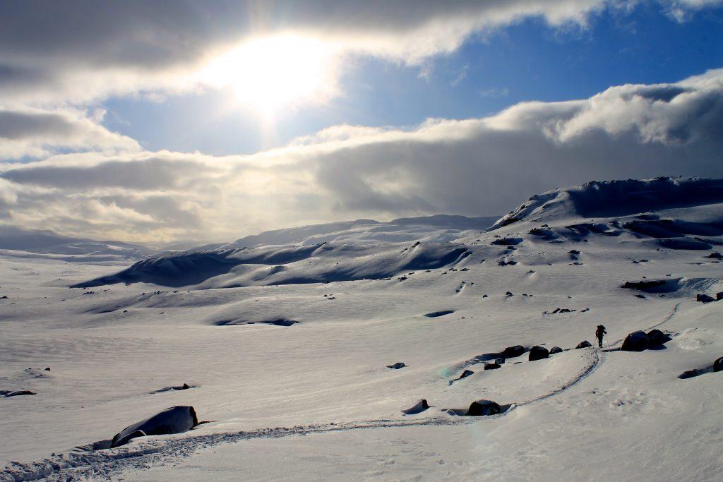 Leirbotn på Hardangervidda. Utsikt ned mot Leirvatnet og Sysenvatnet.