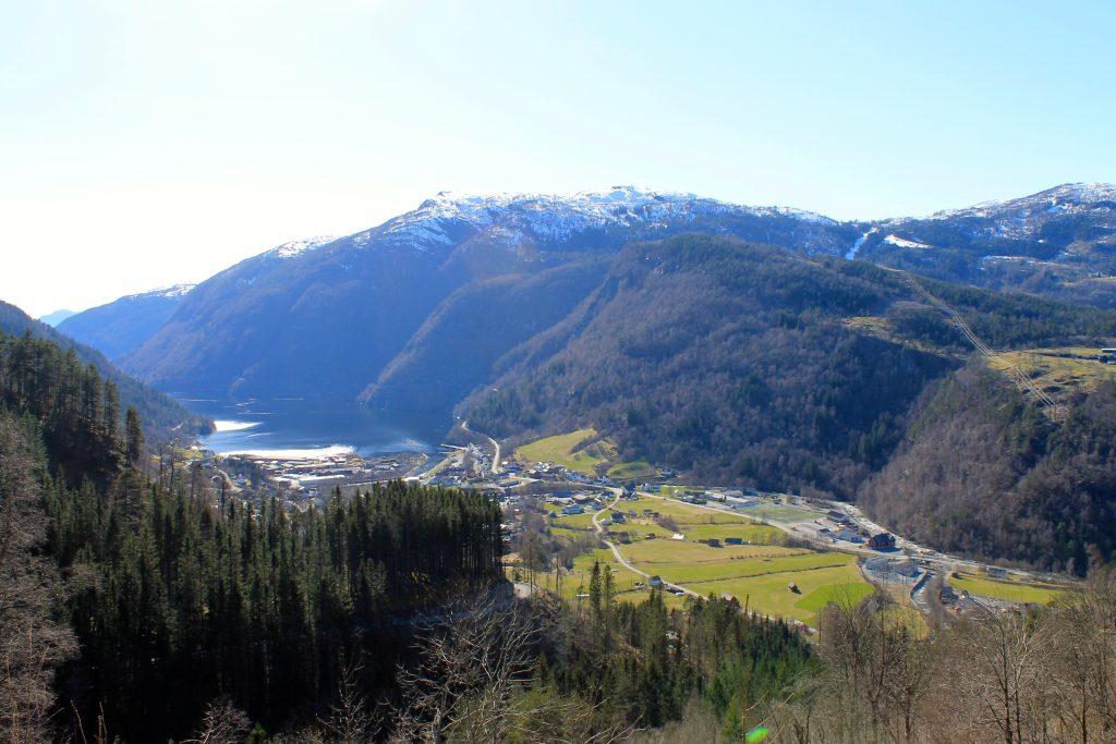 Granvin er et godt utgangspunkt for tur opp til Ingebjørgfjellet og Oksen.