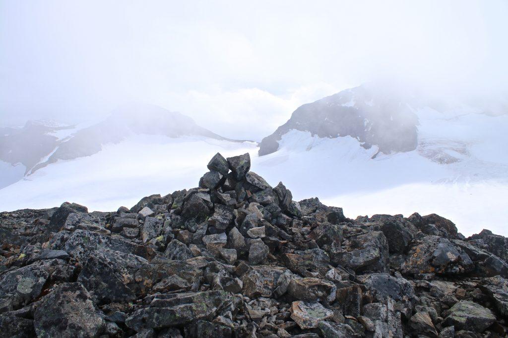 Toppen av Veobreatinden.