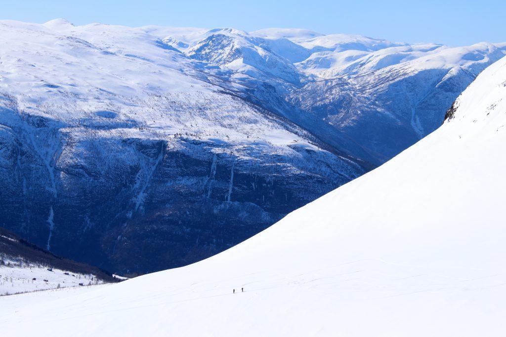 På vei opp Vetlebotna mot Blåskavlen (1.809 moh).