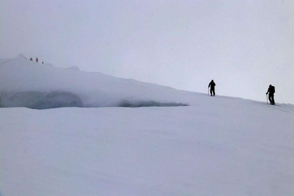 På vei mot toppen av Bukkehøe (2.314 moh) en dag uten særlig sikt.