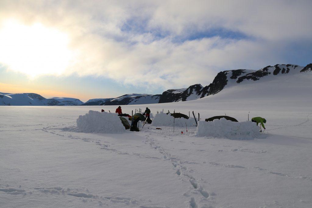 Camp for natten ved Kjenndalskruna på Jostedalsbreen.