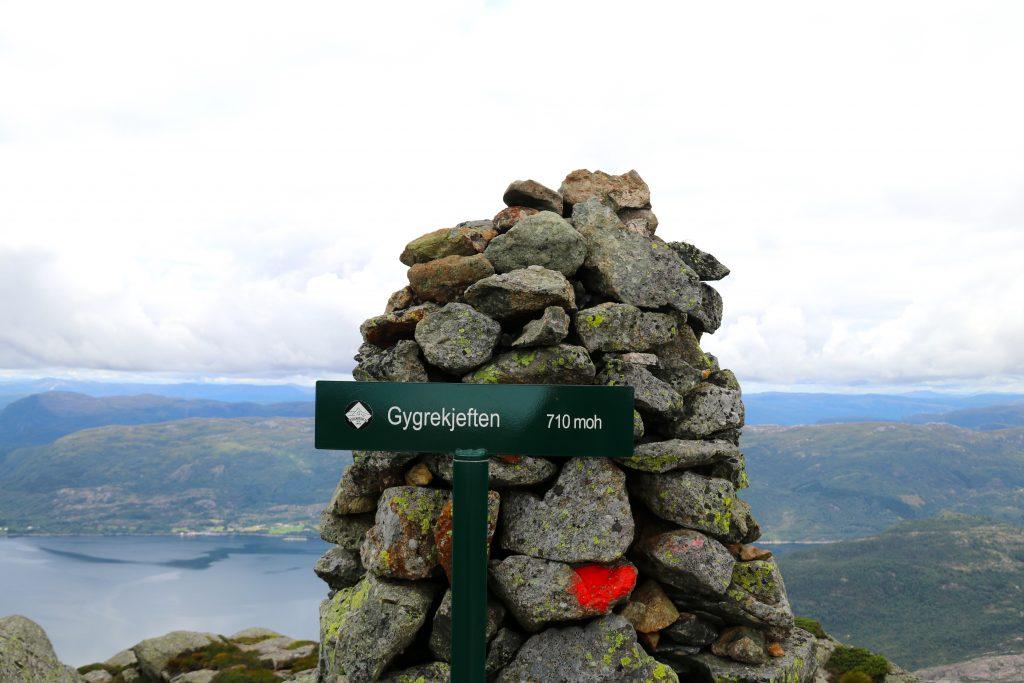 Toppen av Gygrekjeften (710 moh).