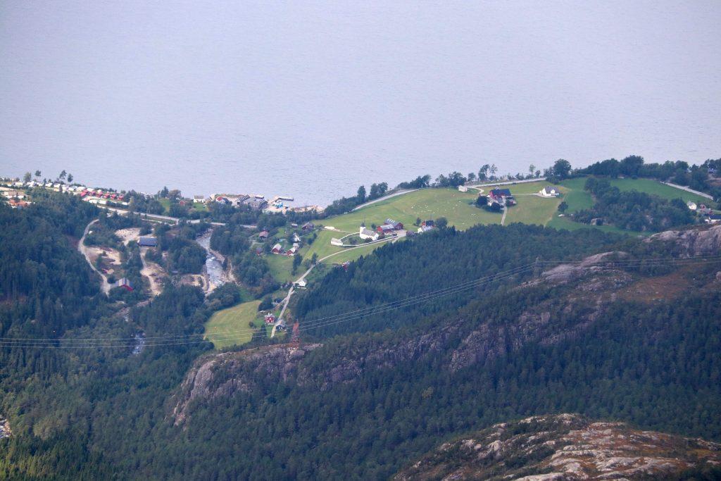 Ænes sett fra toppen av Gygrastolen.