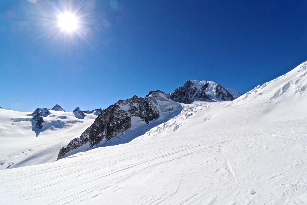 Vallée Blanch og Gros Rognon (3.541 moh) med  Mont Blanc du Tacul (4.248 moh) bak.