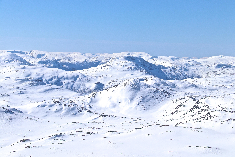Utsikt vestover fra Høgeloft mot Lærdal.