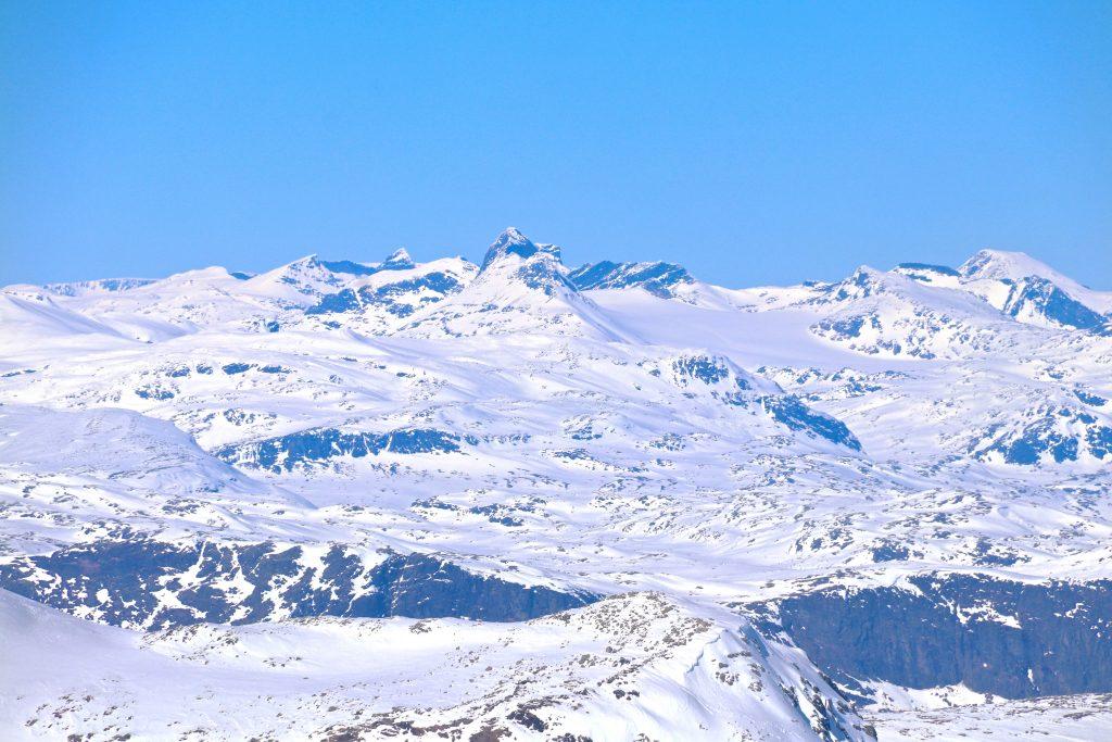 Utsikt mot Uranostinden fra Høgeloft på Filefjell.