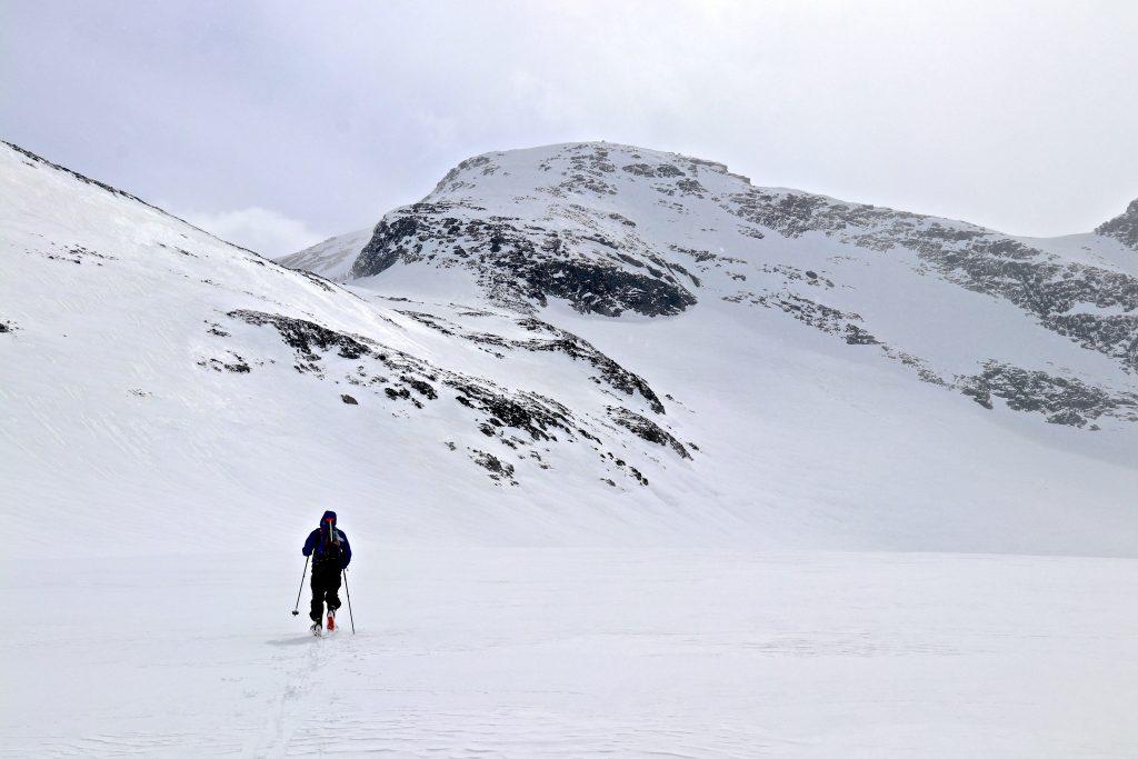 Topptur til Geite i Smørstabbtindmassivet over Storbrean.