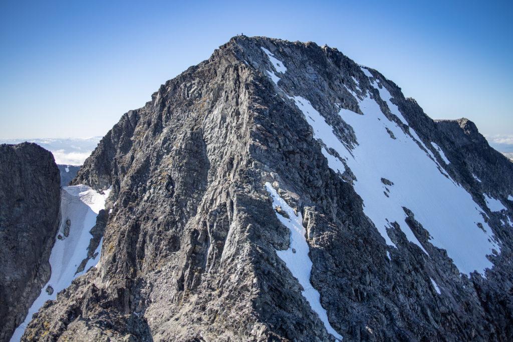 Store Soleibotntinden og norsøstryggen til toppen sett fra Nørdre Soleibotntind.