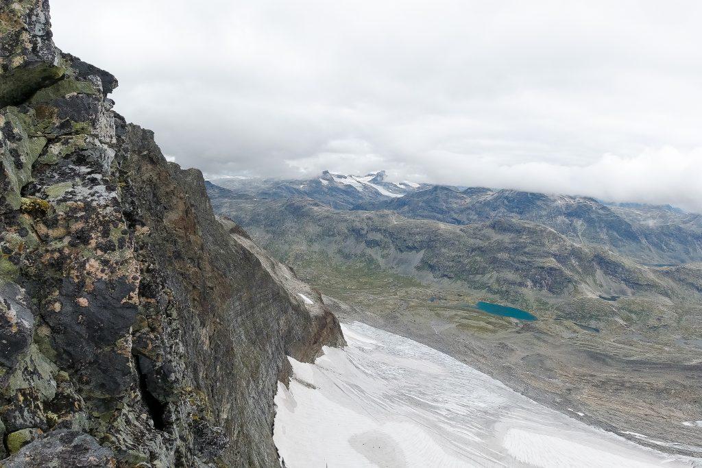 Sagi i Jotunheimen er eksponert med loddrette stup.