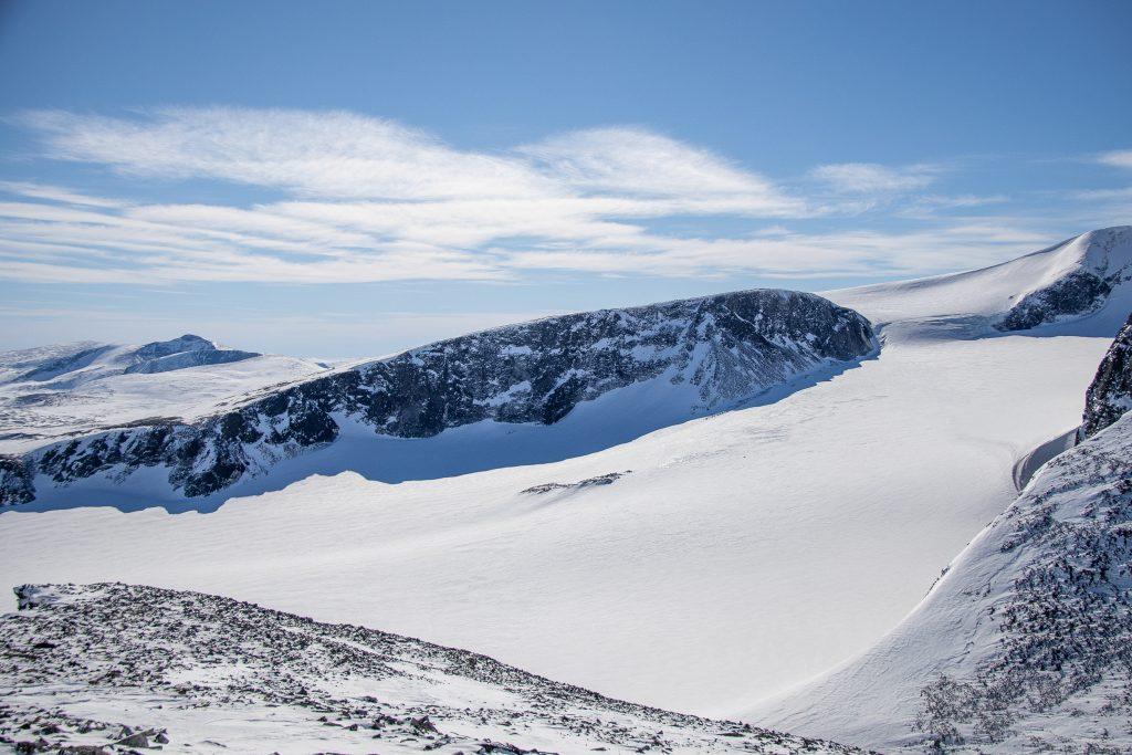 Austre Glittertindoksle (2.260 moh) sett fra Trollsteinrundhøe (2.170 moh).