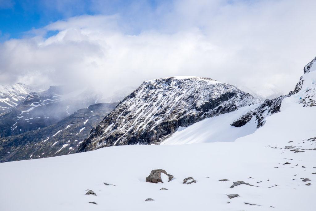 Storbreahøe (2.001 moh).