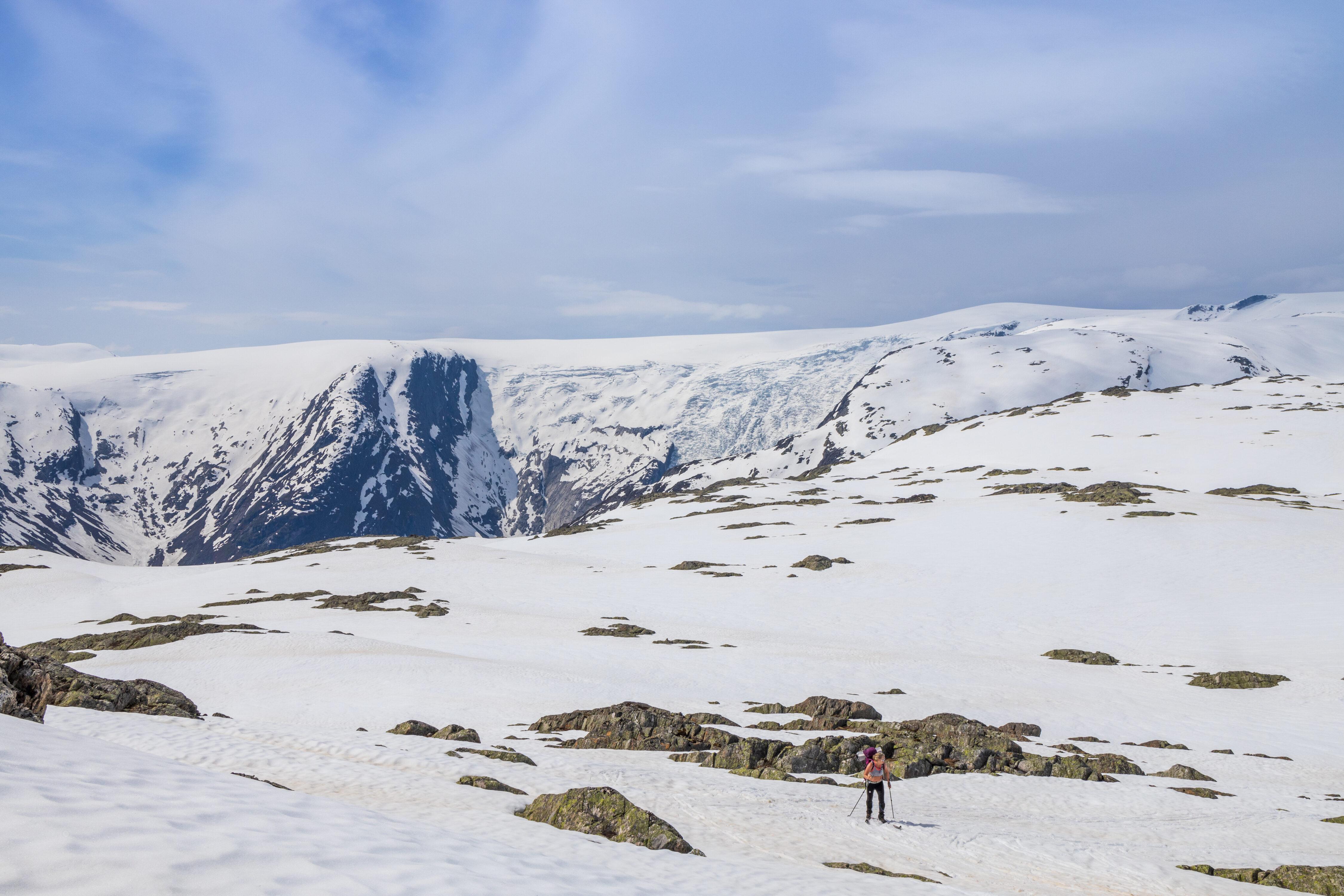 Høgste Breakulen med brefallene Bergsetbreen sett fra Steinmannen.