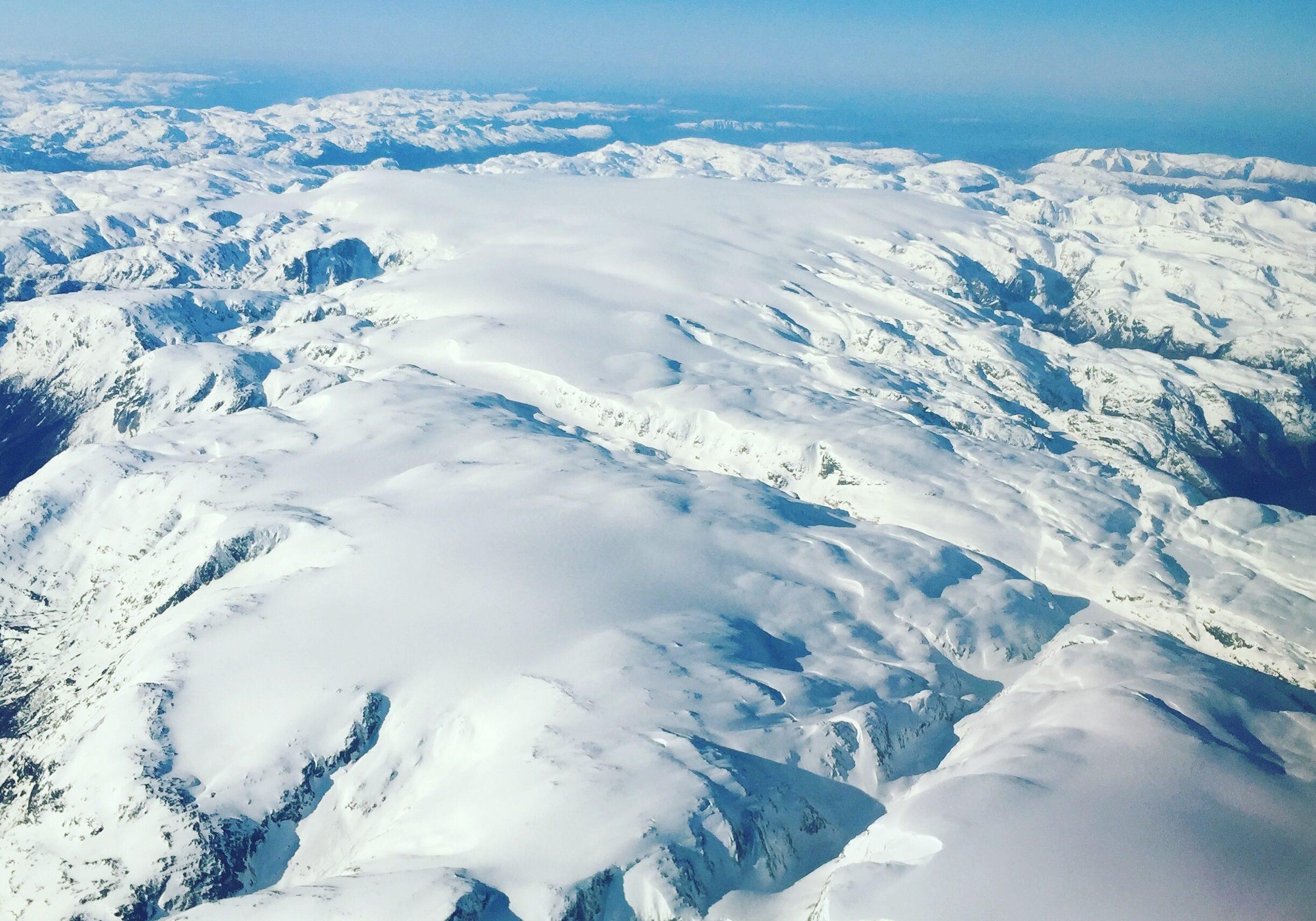 Folgefonna sett fra luften fra nord mot sør.