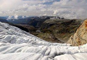 Botnabreen er en brearm av Nordfonna på Folgefonna.