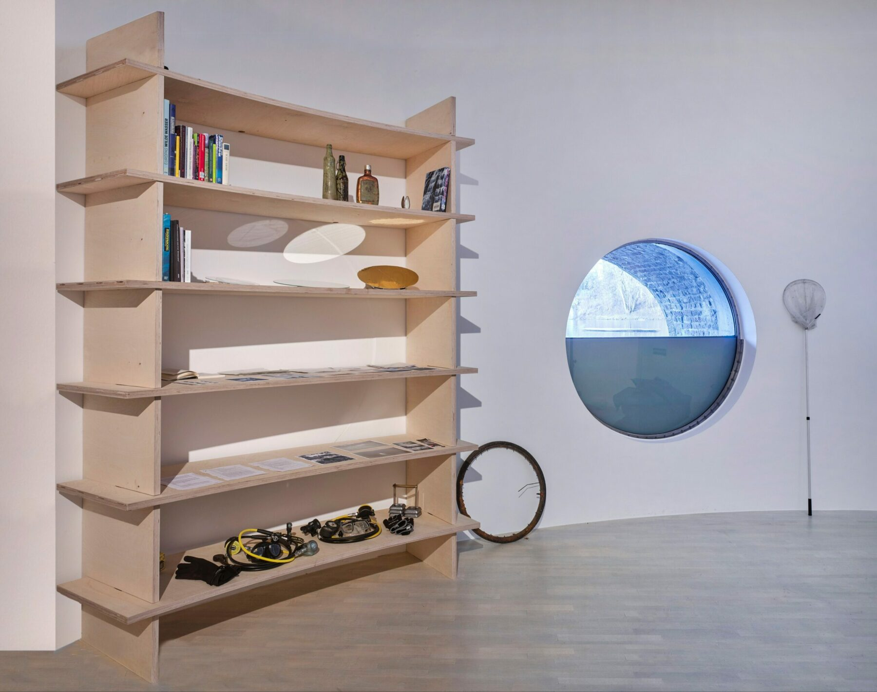 floating circles, exhibition view inside the museum with direct view to the Kaiserteich, 2019