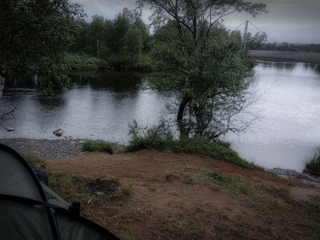 Camping_första_natten_Sevedholm Enan bland myggen