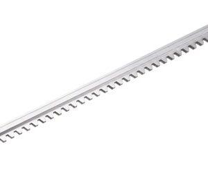 aluminium tandbaan toepasbaar in combinatie stalenhuis (0154) en tandbaanronsels 1 duims (0155) en 3/4 (0102) Deze tandbaan is verkrijgbaar in verschillende lengte maten