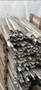 aluminium sleufpaattjes