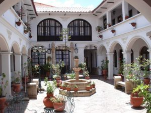 Hostal Sucre hotel with patio in Bolivia