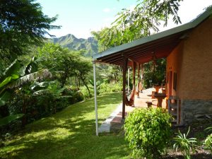 Our travel tips include to stay at the Izhcayluma Eco Lodge
